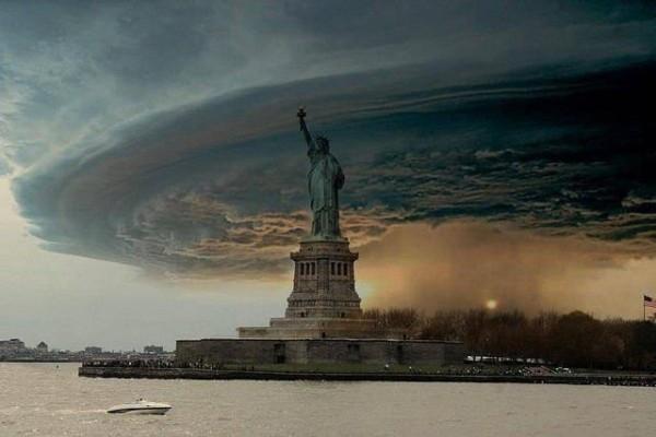 statuia-libertatii-uraganul-sandy